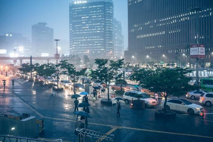 [날씨는 환경TV] 내일날씨, 전국 '흐리고 비'… 중부지방 새벽에 그쳐