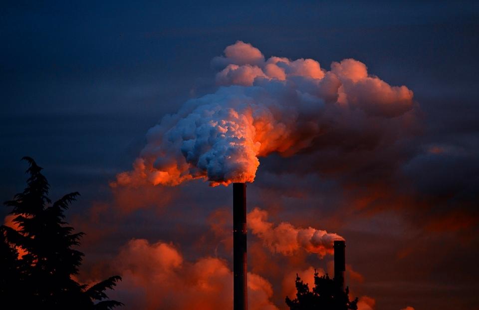 2020년부터 미세먼지 주범인 질소산화물에 배출부과금을 매긴다.  (사진=Pixabay)