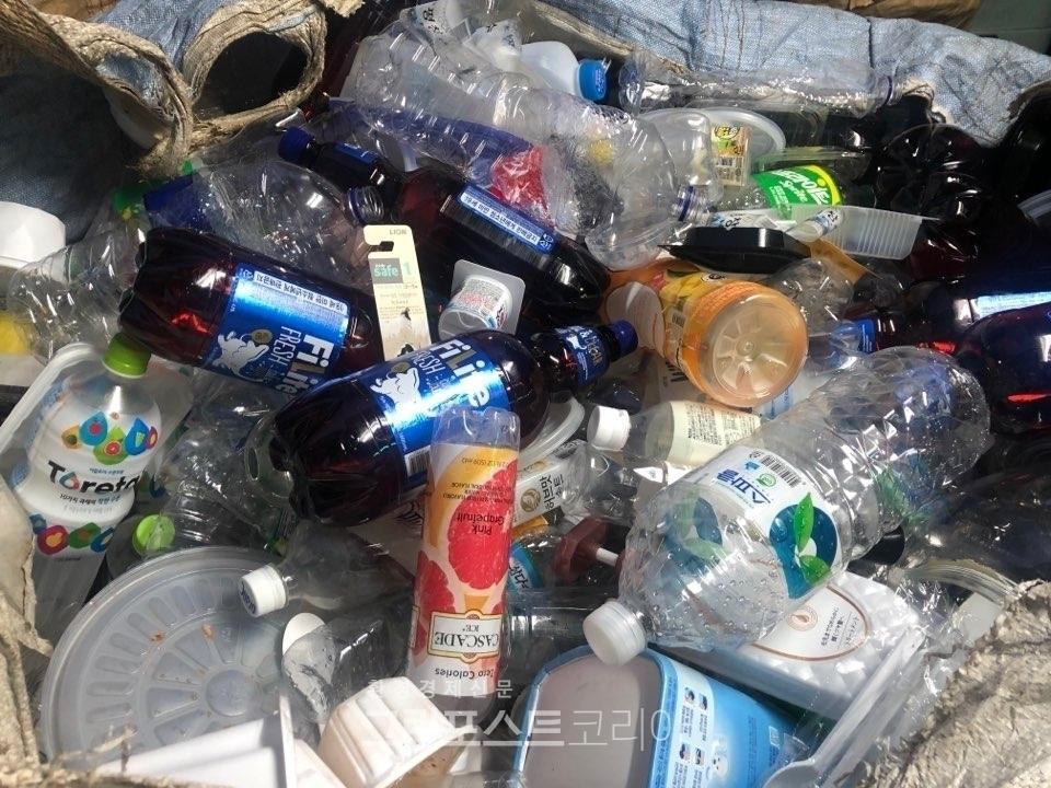 환경부가 추석 연휴와 사회적 거리두기 연장 등에 따른 폐플라스틱·비닐 증가를 고려해 다양한 대책을 시행한다. (본사 DB)/그린포스트코리아