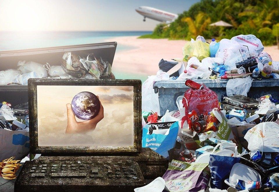 플라스틱 없는 삶을 상상하기 어렵다. 우리를 둘러싼 거의 모든 것들이 플라스틱이어서다. (픽사베이 제공)/그린포스트코리아