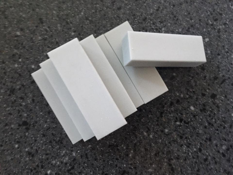 최근 국민 아기욕조에서 기준치 이상 검출되면서 문제가 된 프탈레이트계 가소제는 PVC 지우개나 연필 등 완구류에도 사용되고 있다. (곽은영 기자)/그린포스트코리아